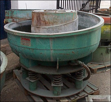 OS10 Vibratory Machine with Internal Separatio Image