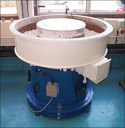 RC105 Vibratory bowl machine Image